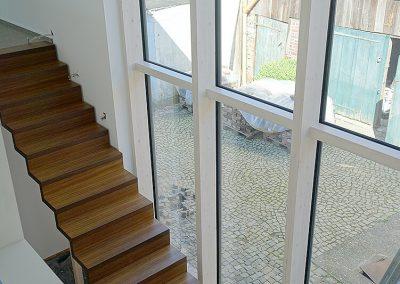 Treppenhaus im Holzhaus